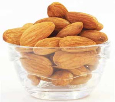 Can-I-give-my-baby-almonds